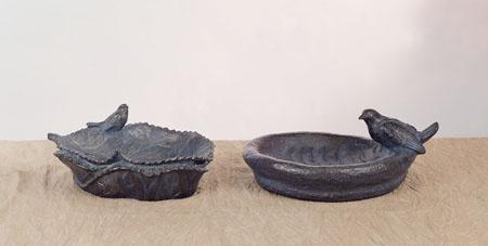 47. F197 foglia F193 vaschetta con colomba bronzo